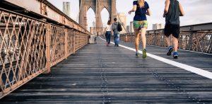 Lee más sobre el artículo Cuando usar y cuando no zapatillas deportivas