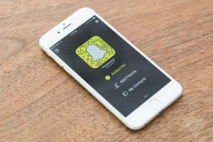 Lee más sobre el artículo Snapchat, la red social de moda: Qué es y cómo empezar