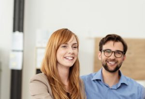Lee más sobre el artículo Las 4 cosas que hacen las parejas felices a diario