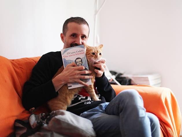 Una nueva felicidad, la nueva novela de Curro Cañete