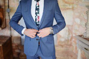 Lee más sobre el artículo Cómo puede lucir un hombre su traje