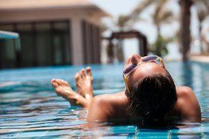 Lee más sobre el artículo Consejos para tomar el sol en verano