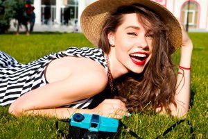 Lee más sobre el artículo 5 trucos de maquillaje para el verano