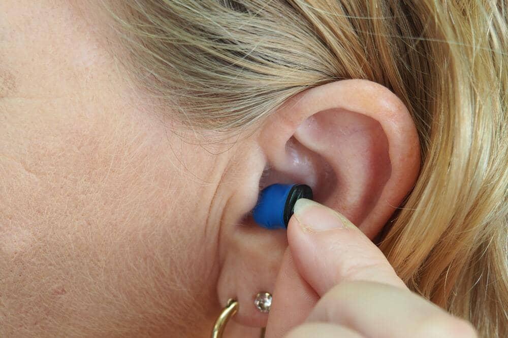 Lee más sobre el artículo ¿A partir de qué edad comienza la pérdida de audición?